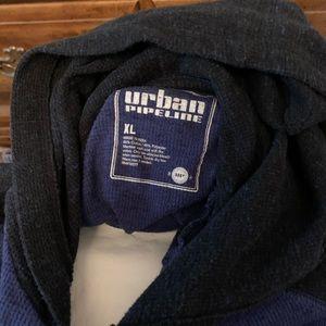 Boys XL long sleeve, center pocket, with hood.